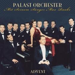Palast Orchester mit seinem Sänger Max Raabe - Advent
