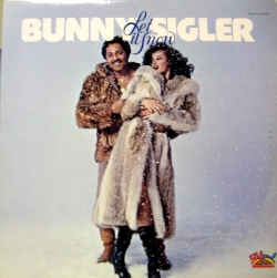 Bunny Sigler - Let It Snow